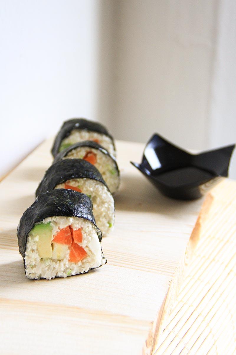 Sushi crudista di cavolfiore